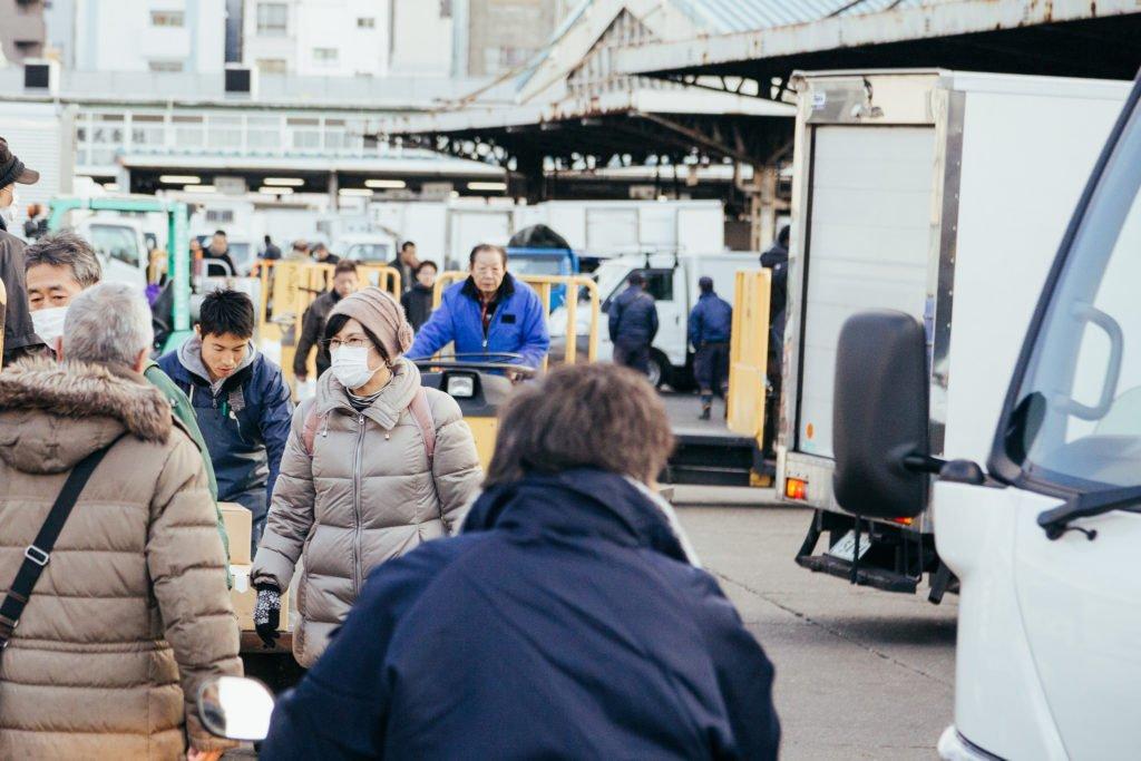 Tokyo-Tsukiji-Fish-Market-Entrance
